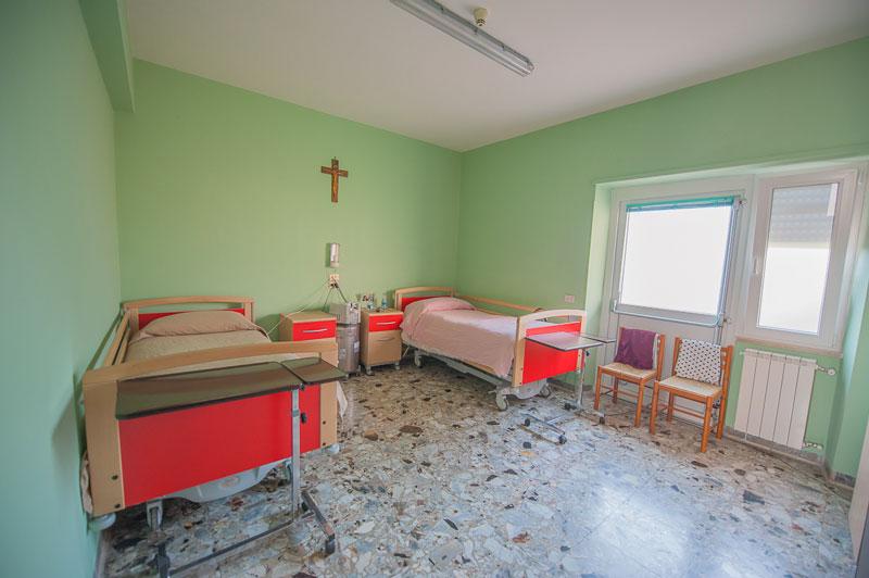 Camere casa di riposo roma for Arredamenti case di riposo